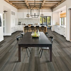 Kitchen with dining table | Floorida Floors