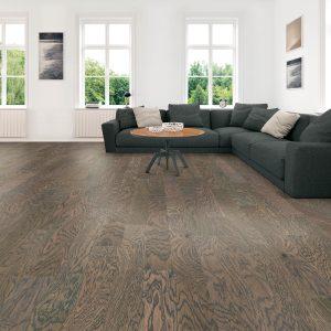 Spacious modern living room | Floorida Floors